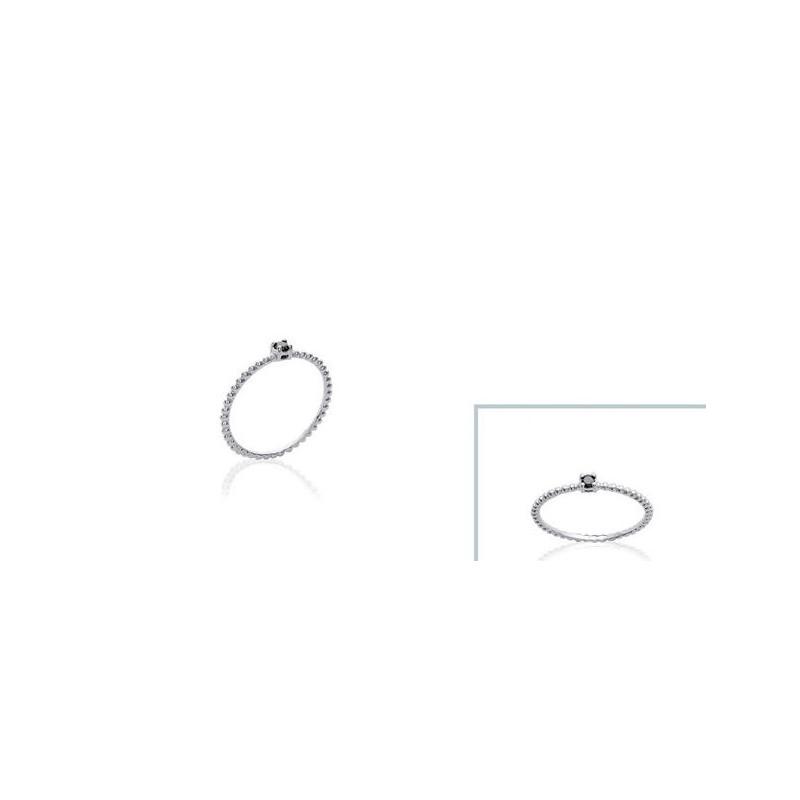 Inel din argint + pietricica neagra (zirconiu)